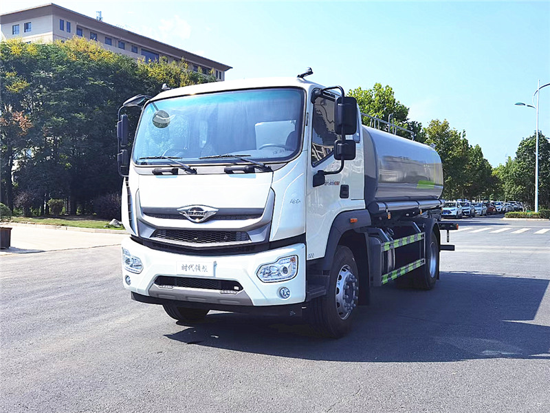 国六福田12吨洒水车强势登场,抓住国六专汽时机!