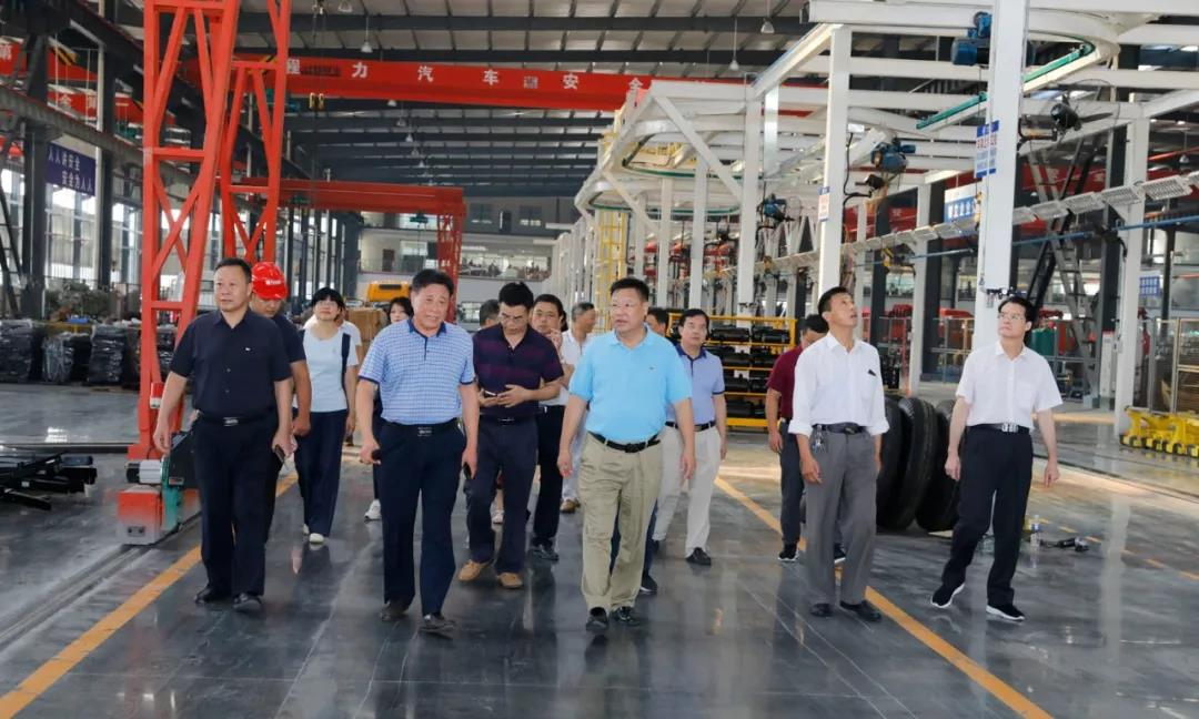 广东省茂名政协主席团参观程力商用车工业园