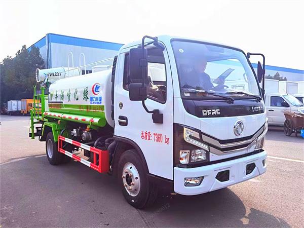 东风多利卡5吨雾炮车