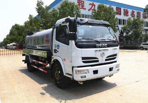 东风福瑞卡8吨洒水车发往天津滨海新区