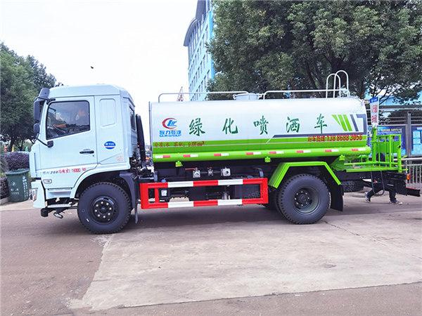 guoliu东风新款D3L洒水车