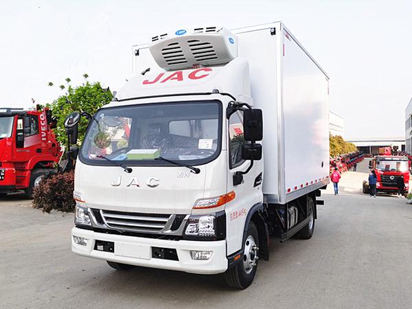 江淮骏铃V6国六冷藏车